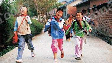 Cement roads have made life easier in Hubei's villages.